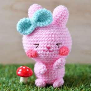 ichigo-easter-bunny-amigurumi